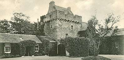 old print of Hunterston castle