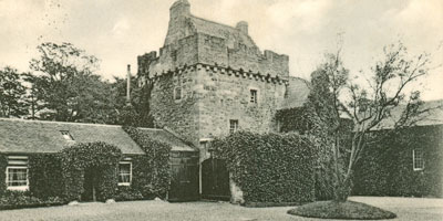 a castle photograph from 1870